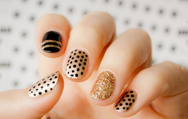 Black&Golden-nail art ideas