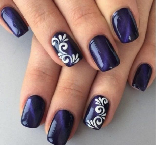 Blue & White Flower-Diy Nail Art