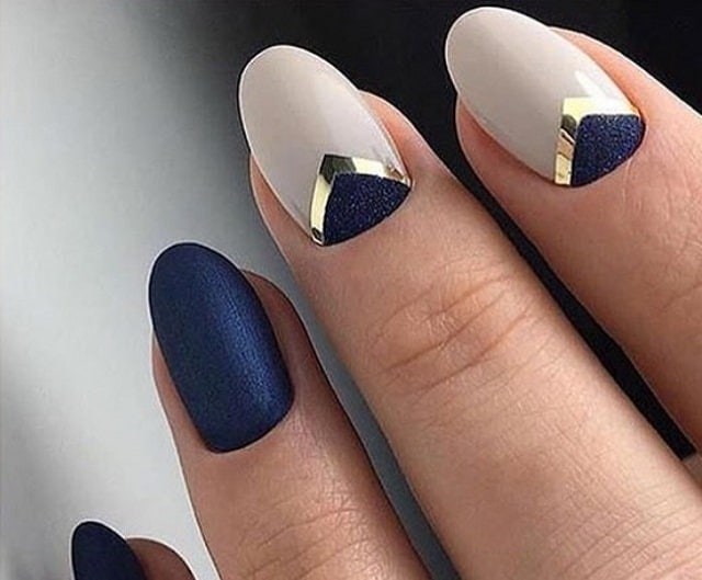 Blue&White-nail art design