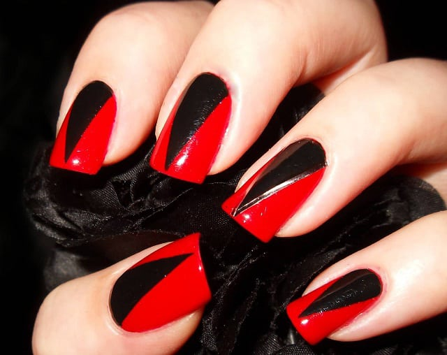 Red&Black-nail-art-designs