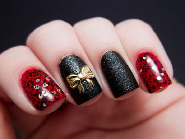 Red&Black-nail art ideas